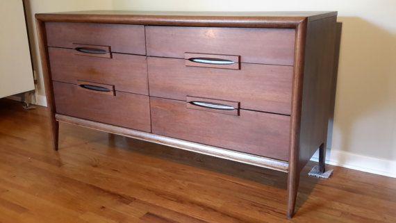 Best Mid Century Modern Bassett Credenza Dresser Midcentury 400 x 300