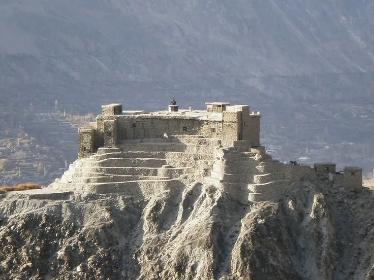 The majestic Baltit fort at Karimabad, Hunza (Gilgit-Baltistan) PAKISTAN. Rulers of Baltistan resided here for 700 years. The fort was abandoned in 1945. The fort is a museum now.