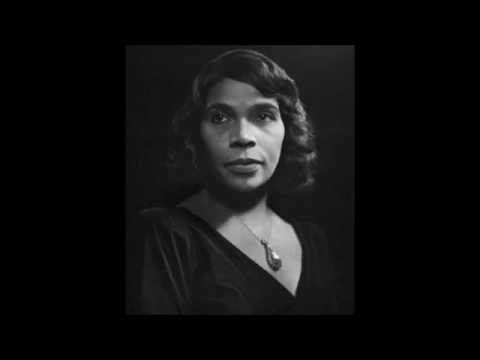 MARIAN ANDERSON - THE BEST - Schubert Ave Maria - YouTube