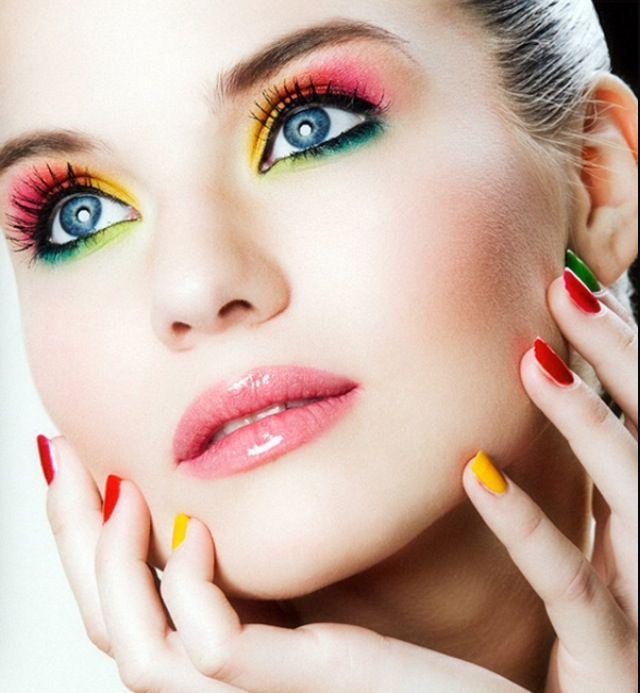 Beautiful make up look, gloss lips, luminous colours , pink cheeks , green , lime green , pink , yellow , orange