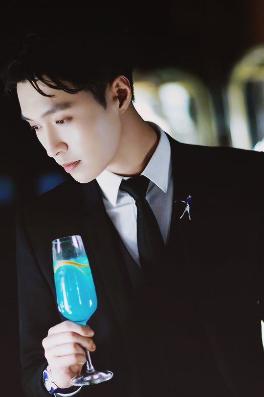 Lay || Zhang Yixing