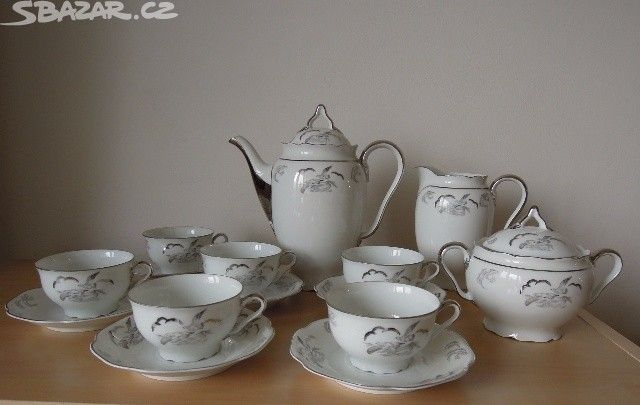 Starožitný porcelán. jídelní a čajový servis - obrázek číslo 1