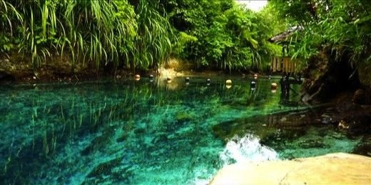 10 Most Unbelievable Places that really Exist  Enchanted river Filipiny