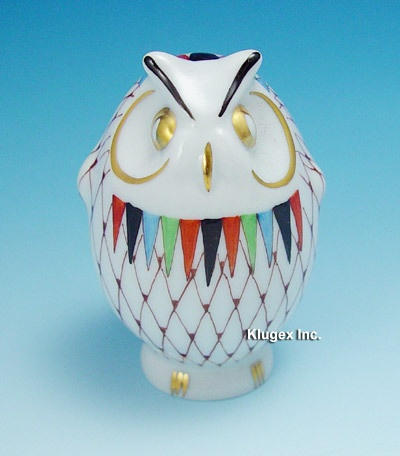 Hungarian Porcelain Hollohaza Fishnet Owl Figurine