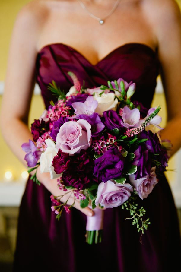 Beautiful Bouquet in Different Shades of Purple|{Purple & Silver} Autumn Wedding|Photographer:  Off BEET Productions