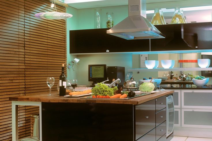 Decoracion con persianas para cocina: Con Persianas, Decor Ideas, Decoration With, Books Worth, Favorite Trips, Fitness Inspiration, Kitchen, Awesome Babe, Diy Projects
