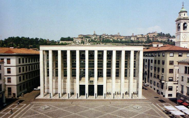 Bergamo - Casa Littoria (1939; oggi in Piazza della Libertà)