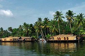Kerala Houseboat Tour: A Refreshing Experience - Povonte #boathouse_kerala, #kerala_tourism_packages,#kumarakom_house_boat