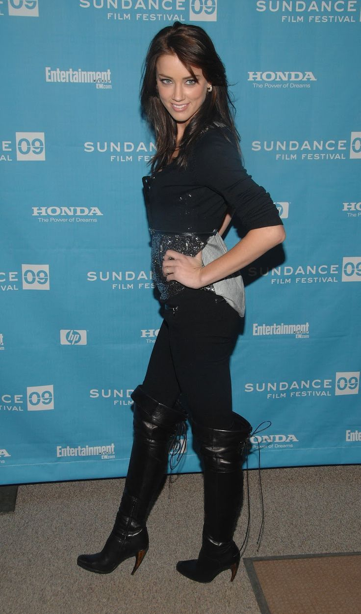AMBER HEARD HOT IN BOOTS