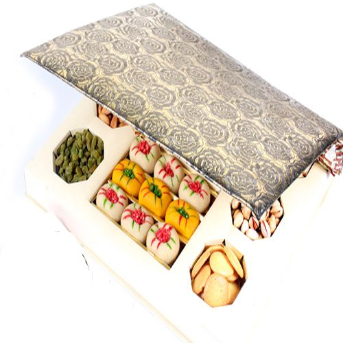 Ghasitaram Gifts is a best #online sweets shop in Mumbai that offers to #buy and #send Indian #sweets, chocolates and cakes to your friends, relatives all over the world. So don't wait order your favorite sweets at:- http://www.ghasitaramgifts.com/c/all/sweets/