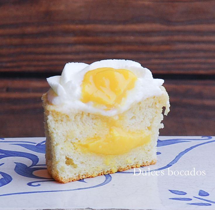 Passionfruit Hokkaido cupcakes - Cupcakes Hokkaido con fruta de la pasion