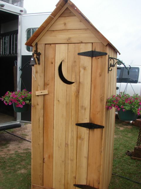 Tanda Keren: Outhouse Potting Shed Plans