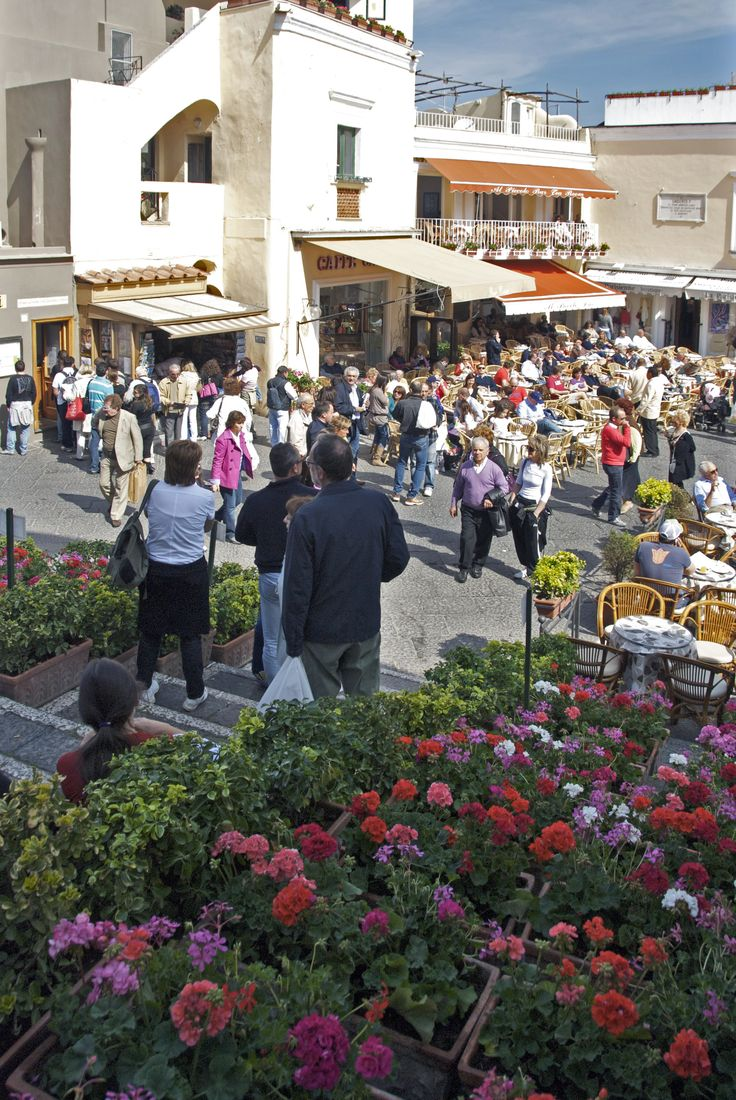 Aperitivo in Piazzetta! I Love capri