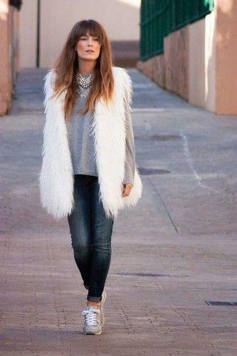 abrigo1 | Black & White | Pinterest | Looks colete, Coletes de pele e Look colete de pelo
