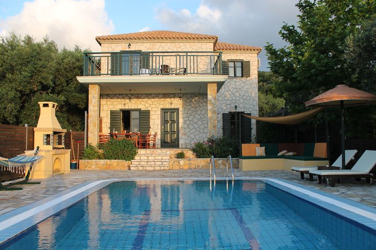 Emerald villas in Zakynthos - tried and tested for you.  You are welcome.http://www.boutiquegreece.com/greece/villas/zakynthos/