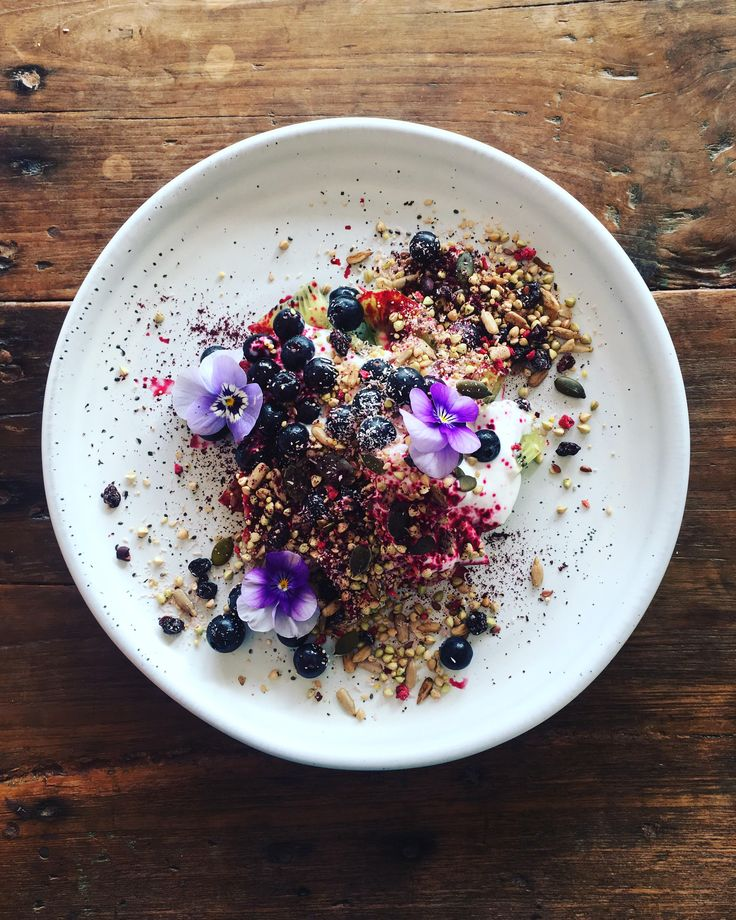 An explosion of plant based goodness for breakfast this morning! Green kiwi fruit, blueberries, unsweetened @cathedralcovenaturals coconut yoghurt and raw activated cereal and @bioglanau organic beetroot powder ✨Happy monday everyone  Delete Commentswoon.food#breakfast #plantbased #plantstrong #plantpower #paleo #vegan #eattherainbow #EatMorePlants #dairyfree #grainfree #sugarfree #realfood #rawfood #raw #rawvegan #rawdessert #beautifullife #beautifulhealth #beautifulcuisines #bestof