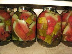 Pepeni verzi murați și marinați — două gustări originale, pe care le puteți conserva pentru iarnă! - Retete-Usoare.eu