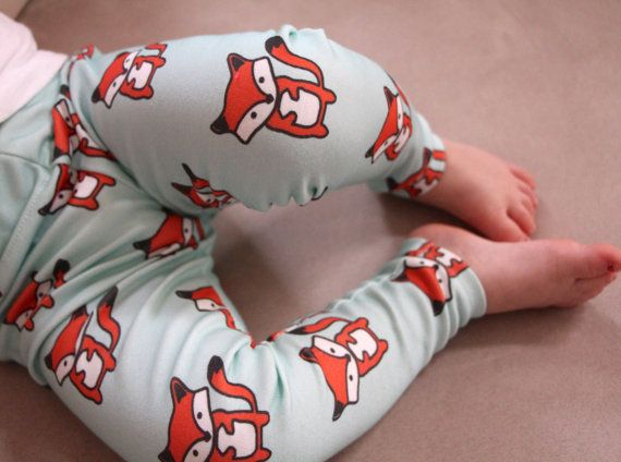 Hey, I found this really awesome Etsy listing at https://www.etsy.com/listing/196189865/baby-leggings-foxes-on-mint-background