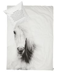By Nord sengetøj - Horse. Kan købes hos indeliv.dk