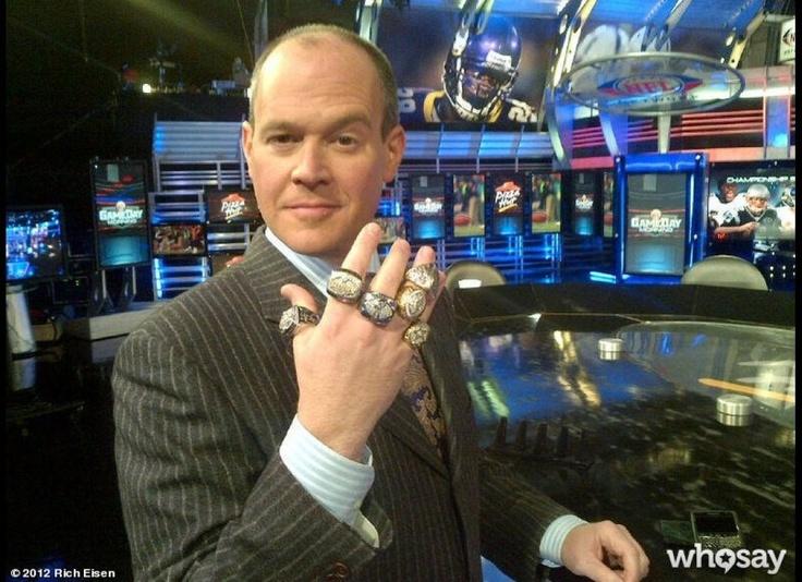 NFL Network's Rich Eisen #umsocial #famous #alumni