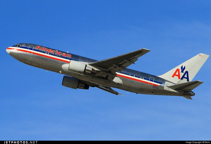 Boeing 767-223(ER) N336AA 22334 Los Angeles Int'l Airport - KLAX