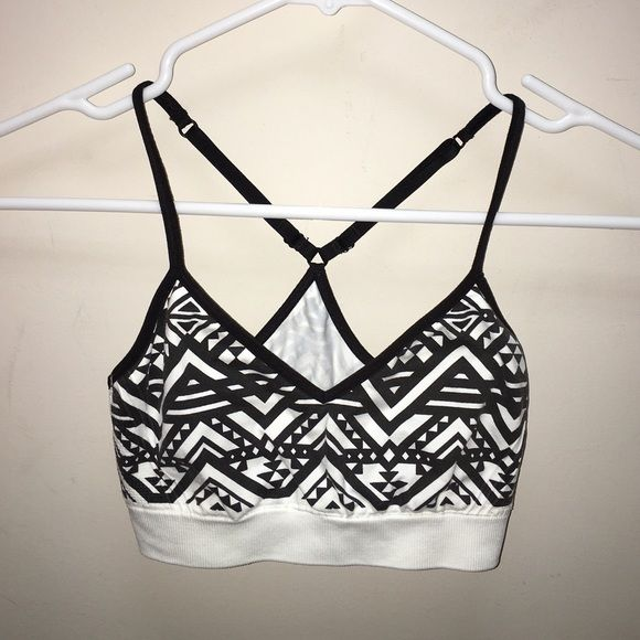 Victoria Secret Pink Aztec Sports Bra Worn only once, still in perfect condition. PINK Victoria's Secret Tops