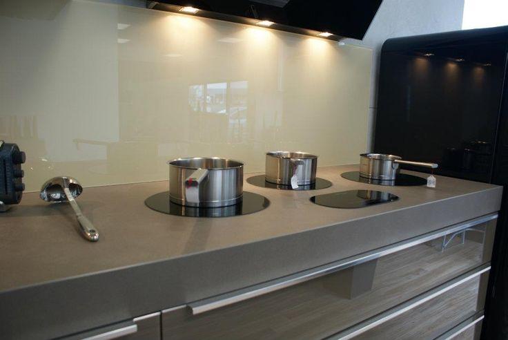 25 melhores ideias de plaque induction no pinterest placas de madeira torchon cuisine e - Plan de travail en ceramique ...