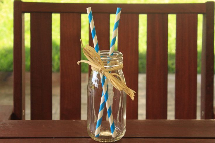 Striped paper straws with classic mini milk bottles