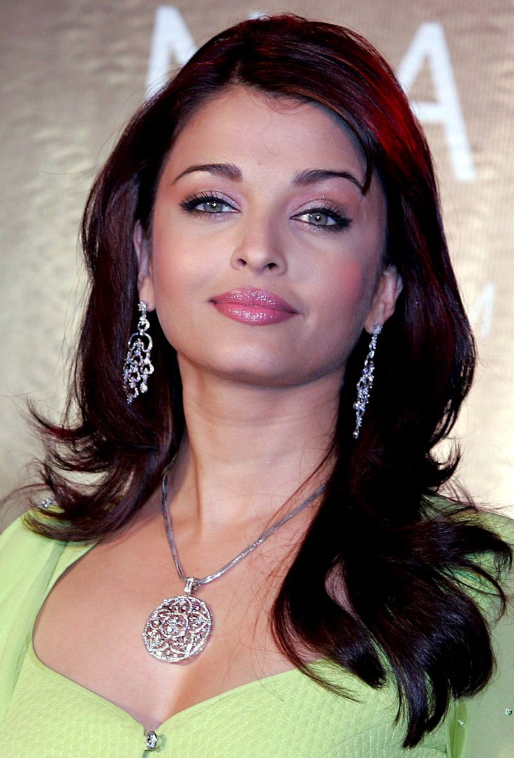 673 best Aishwarya rai images on Pinterest | Aishwarya rai ...