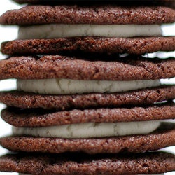 Punchfork — The best Vegetarian recipes from top food sites: Scratch, Fun Recipes, Glutenfr Recipes, Cookies Link, Homemade Oreo Cookies, Tasti Recipes, Gluten Fre Recipes, Homemade Oreos, Smitten Kitchens