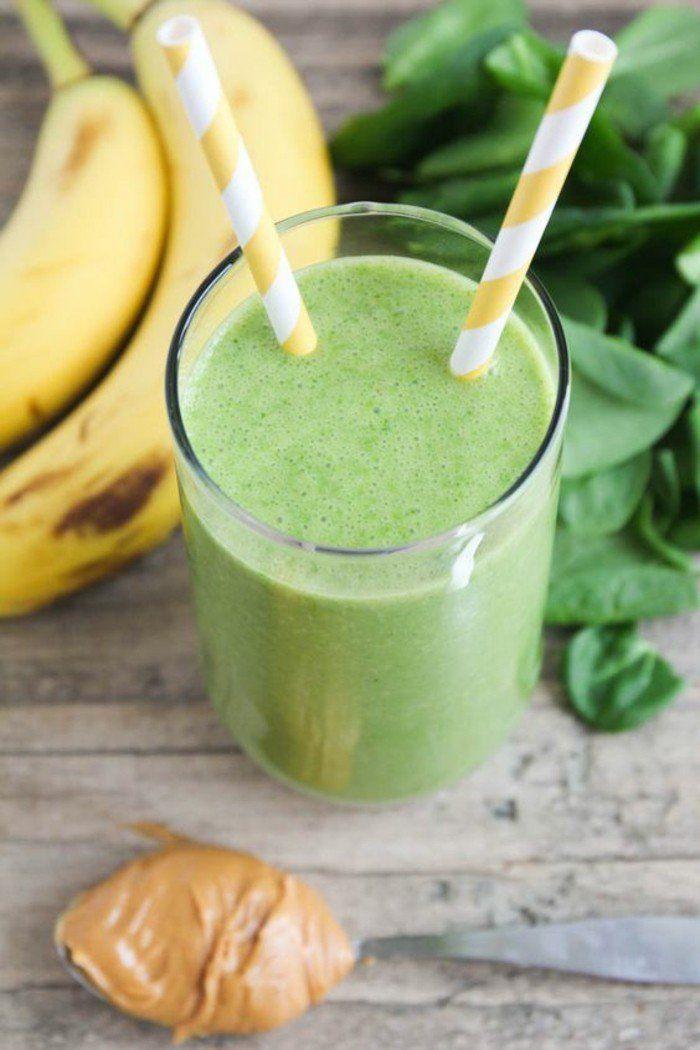 recette smoothie vert pour vous revitaliser, smoothie détox aux épinards, banane à base de lait d amande
