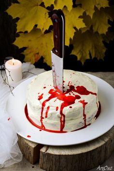 """Привет! :) На Хэллоуин я готовил шикарнейший торт """"Кровавая невеста"""", рецептом которого сейчас и хочу поделиться. Не переживайте, ни одна невеста не…"""