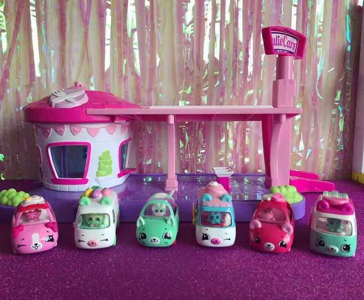 We got to add some more cutie cars to our collection - - Now we just need two singles (jelly bean machine and ice cream dream) and we have completed our set ( minus the limited editions which I doubt we will get) - - - - -#twozies -- #pikmipops #splashlings #suprizamals #babysecrets #limitededition #lolbigsurprise #hatchimal  #minimixie #numnoms  #hatchimals #mylittlepony #hellokitty  #kawaii  #toycollector #toys  #chloe_the_collector #collectables #toycommunity #toylover #shopkins #loldolls…