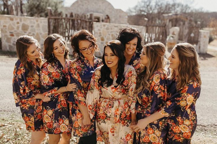 A team with a dream 💘 Make your bridal party as stunning on the outside as they are on the inside. DM me! #ashleymariedoesmakeup . . #humpday #ma