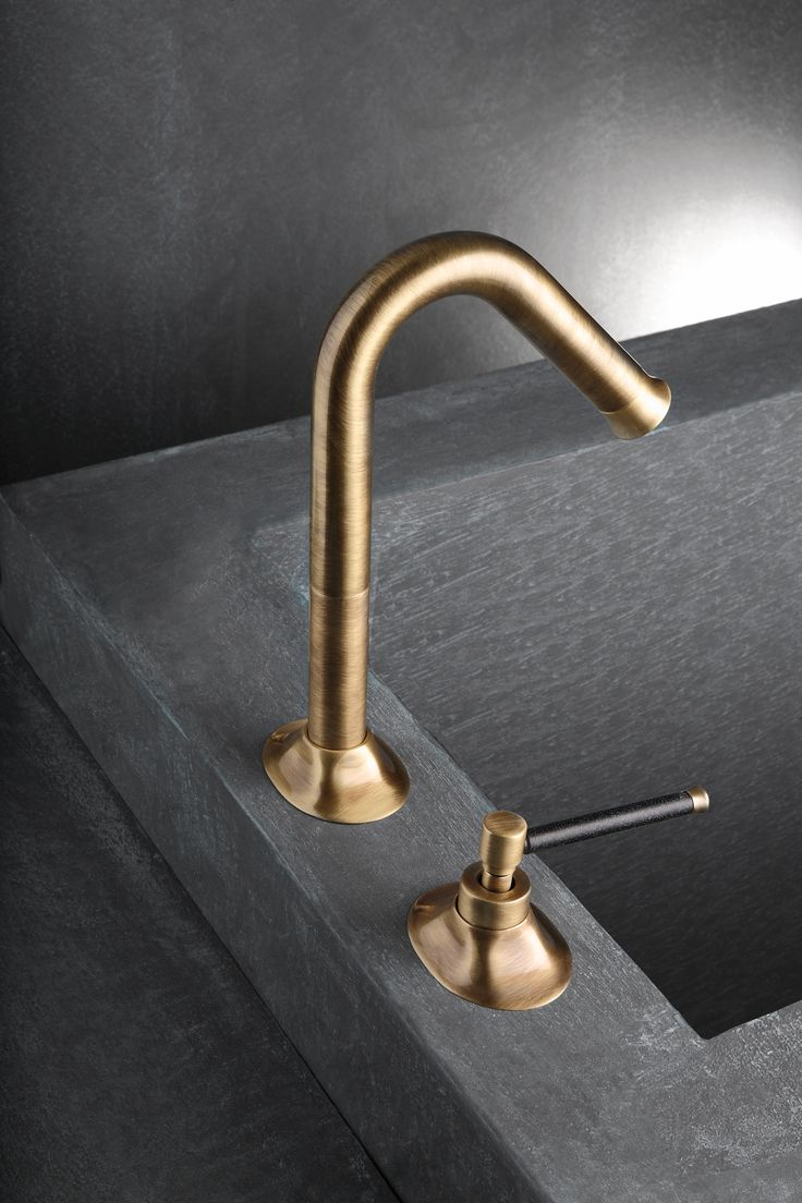 Brass sink taps bathroom - Suppliers Of Brass Taps Including Basin And Bath Fillers With Spouts Matching Shower Accessories All In Latest Antique Brass Finishes