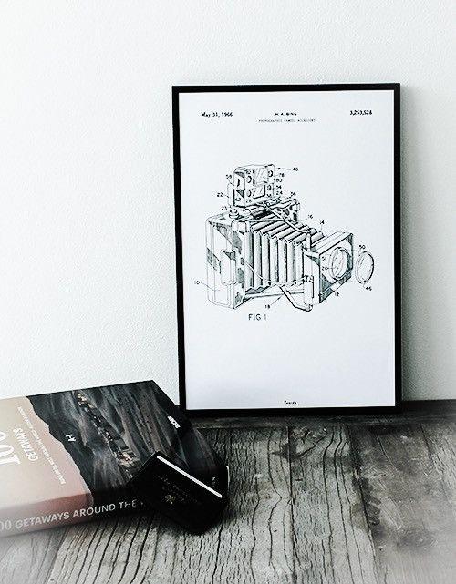 BOMEDO grafika THE CAMERA VINTAGE AnOther DESIGN