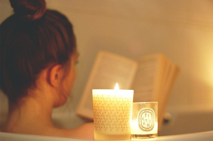 SUNDAY PAMPERING NIGHT: A CUTE 5-MINUTE GUIDE TO YOUR SPIRITUAL NOURISHMENT  |  Sundays have always been the longest awaited week end days for me, and not only because I never had school on those days but also because on those days I've regularly had pamper nights. Even now, I anxiously wait for Sundays although only work keeps me busy during the business days. I guess it's a habit already, one that I love very much! I enjoy silent Sundays.