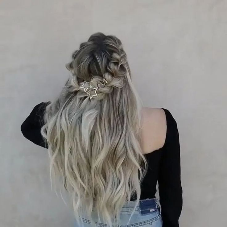 27+ lovely hairstyles ideas for girl 2 #hairstyles #girlhairstyle #fashion  < moeshouse