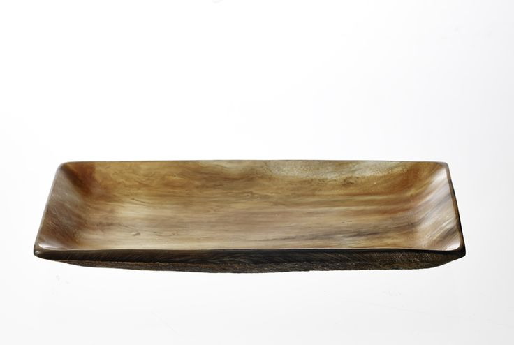 T11, Smoked horn plate, 13x26 cm www.thetravellingband.dk