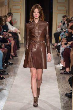 Tod's – Mailand Fashion Week Report Herbst/Winter 2015/16: Einen Überblick über die neusten Shows und Kollektionen der italienischen Designer von der laufenden Mailänder Modewoche gibt es hier.