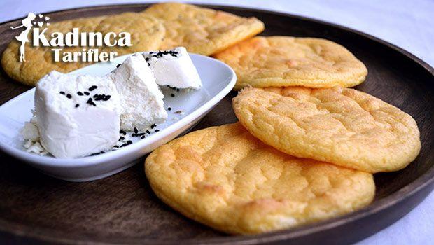 Unsuz Ekmek Tarifi nasıl yapılır? Unsuz Ekmek Tarifi'nin malzemeleri, resimli anlatımı ve yapılışı için tıklayın. Yazar: Yemek Yolculuğu