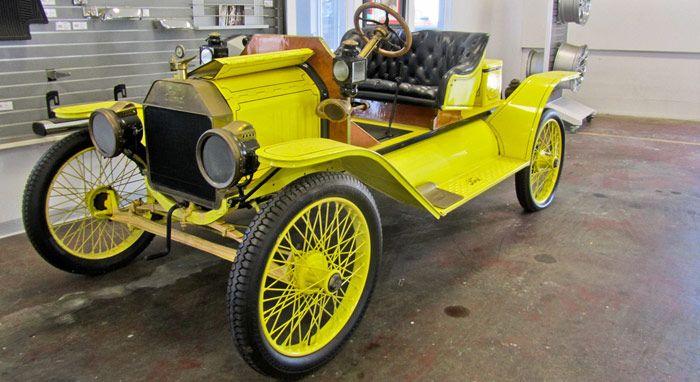 Apa...??? Tukar Ford Model T 1914 Untuk Sebuah Chevrolet Corvette 2013?