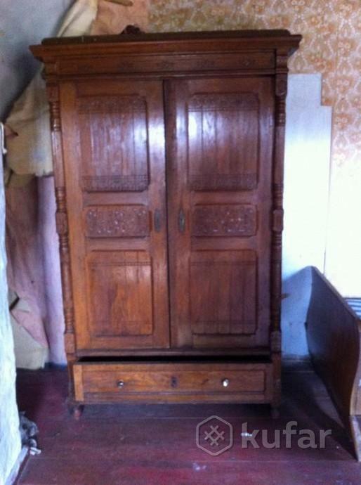 Старинные шкаф, буфет