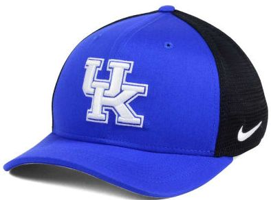 Kentucky Wildcats Nike Aero Curved Bill Mesh Back Flex Fit Hat