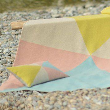 David Fussenegger Kissenhülle Silvretta Dreiecke pastellig 30 x 50 cm Flanell Baumwollmischung 7764/01