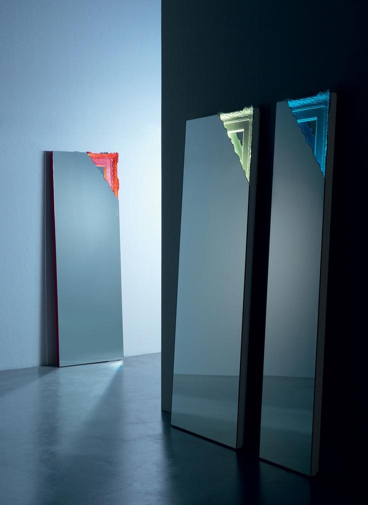 Breccia mirror by Miniforms; www.miniforms.eu