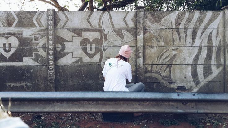 A Madiba mural for Mandela Day in aid of @oneinamillionsa. Picture: @urbanloveza
