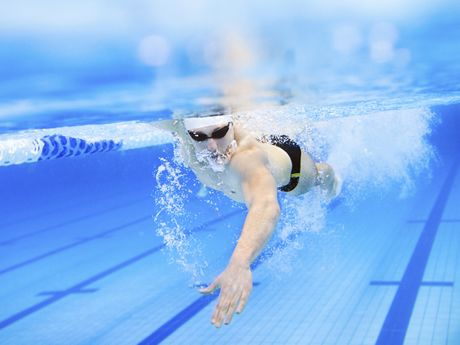 Building your swim strength is important during the offseason. Try these two workouts to carry your fitness over into the spring.