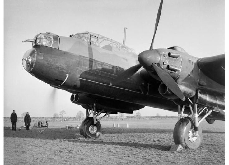 Avro Manchester Mk.I of No.207 Squadron at RAF Waddington