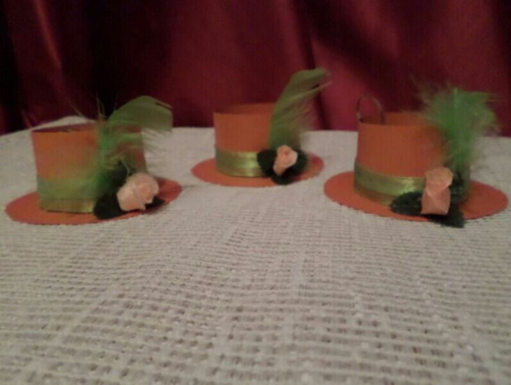 NLW Crafts Hat inspired invitations